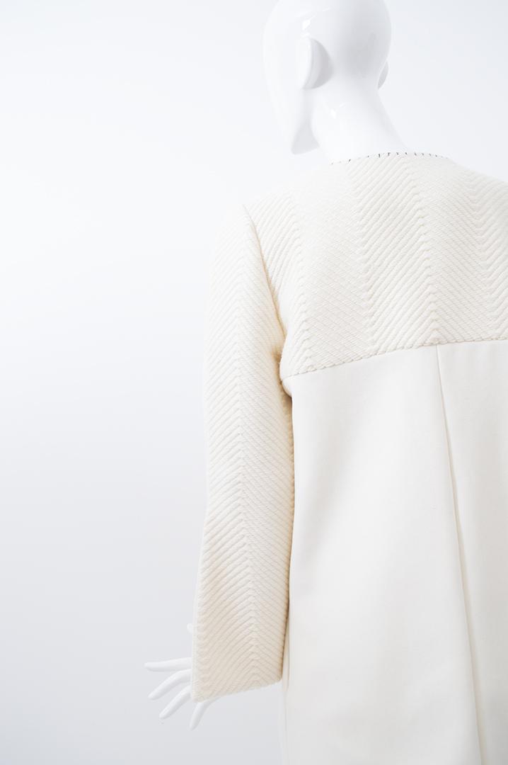 manteau blanc tramé 1
