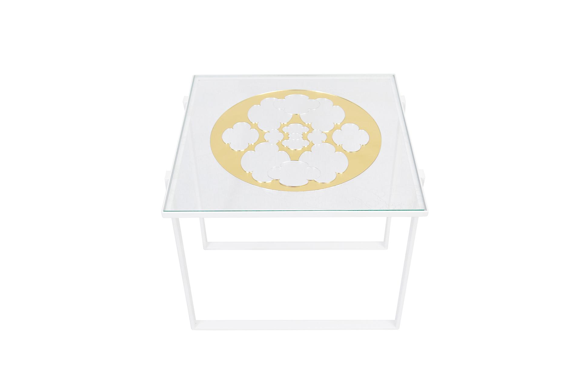 Petite table Au delà 2