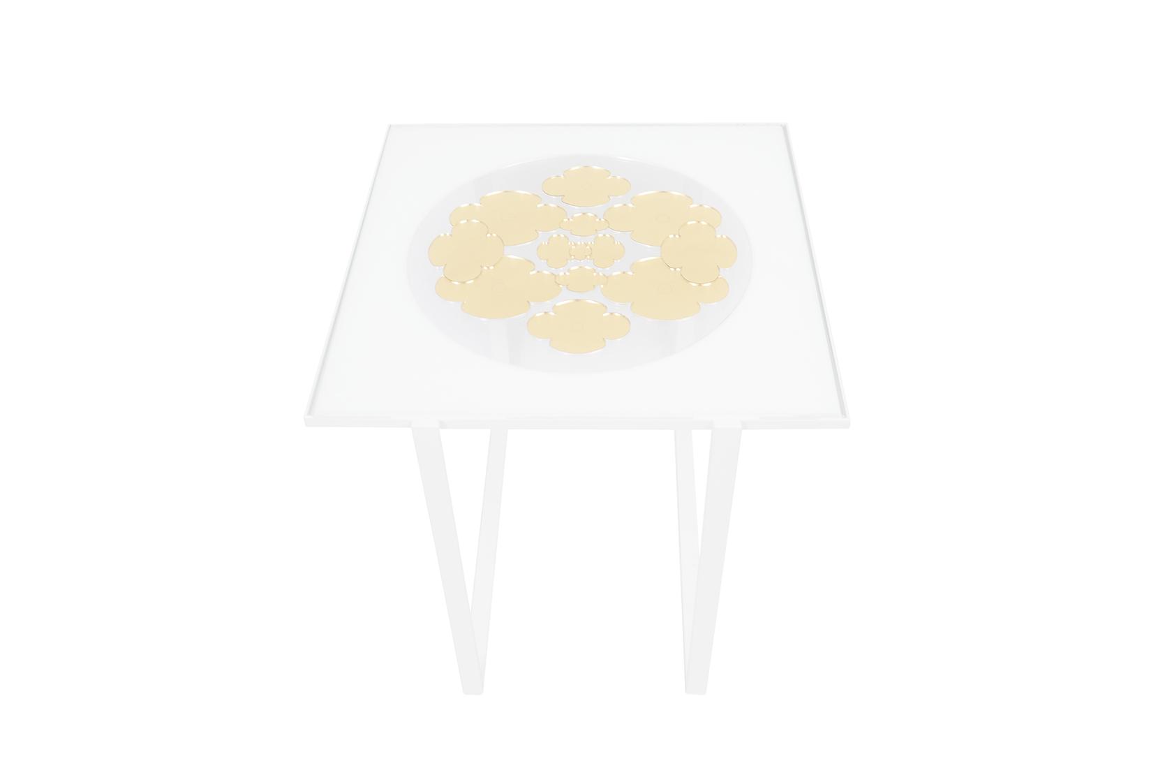 Petite table Silence doré 1