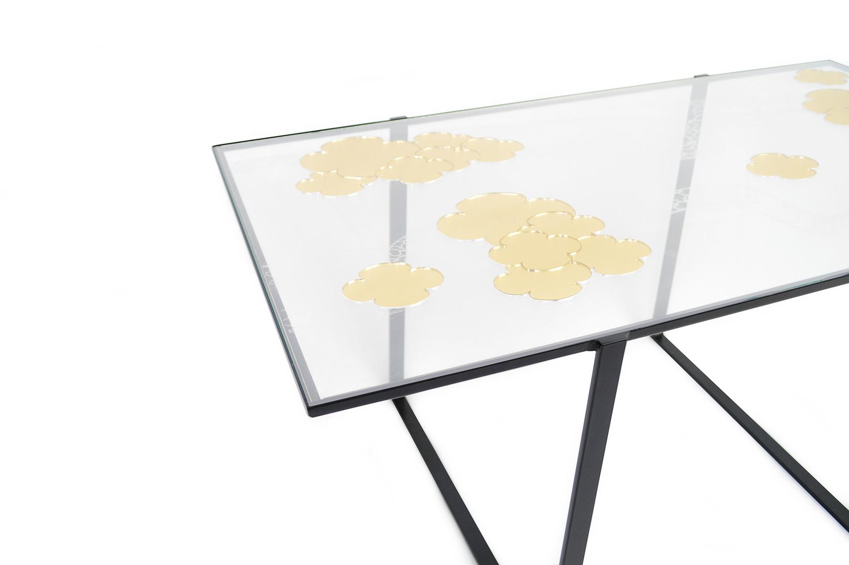 Table Découper les nuages zoom 1