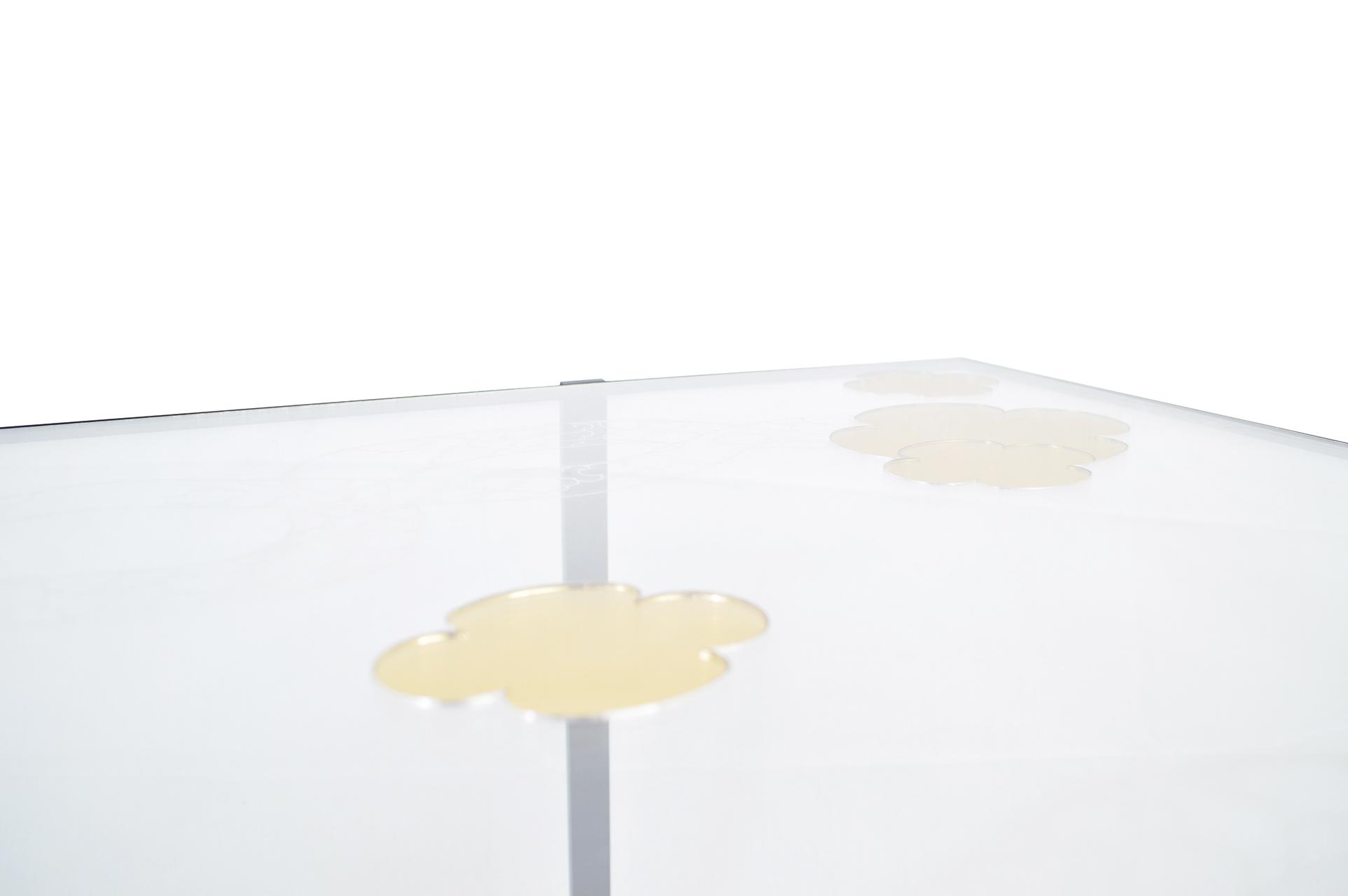 Table Découper les nuages zoom 3